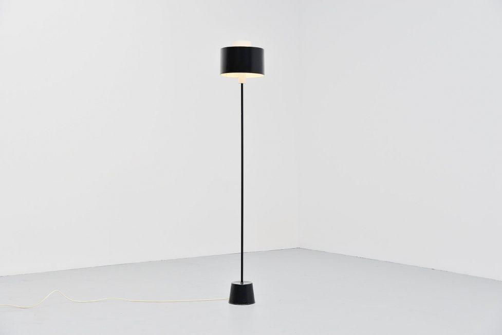 Gaetano Sciolari Stilnovo floor lamp Italy 1954