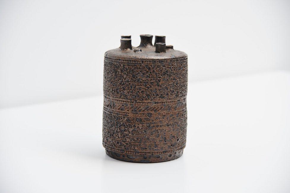 Amphora Rogier Vandeweghe sculptural vase Belgium 1960