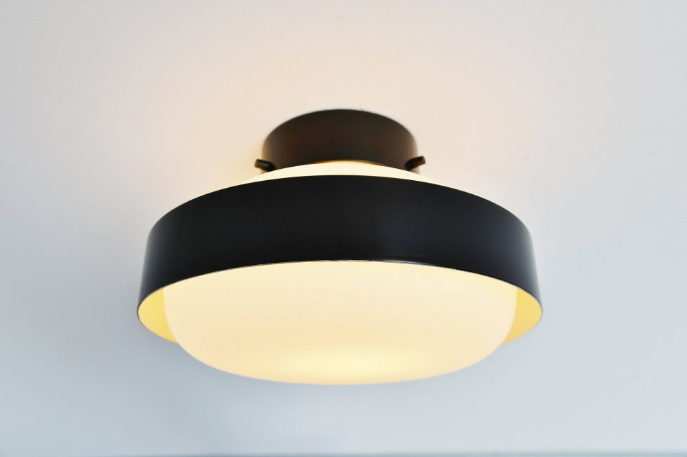 Gino Sarfatti ceiling lamp model 3010 Arteluce Italy 1959