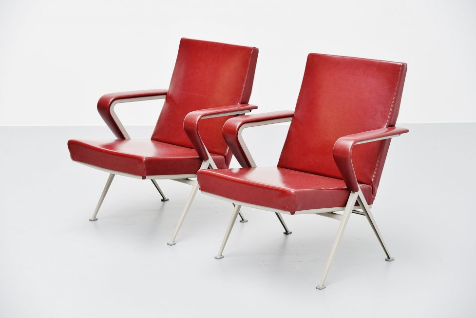 Repose chairs Friso Kramer for Ahrend de Cirkel 1959