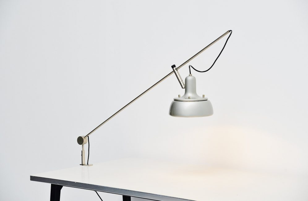 Giuseppe Ostuni 292-r desk clamp lamp Italy 1950